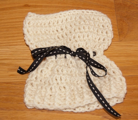 Sack, Sleeve, Bag Hat with Cream Worsted Yarn with Black and Cream Ribbon & FREE SHIPPING