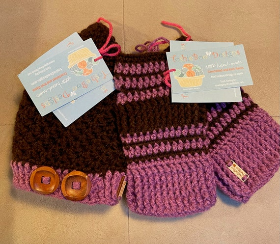 Plum/Chocolate Hat/Beanie with Fingerless Mittens. FREE SHIPPING.