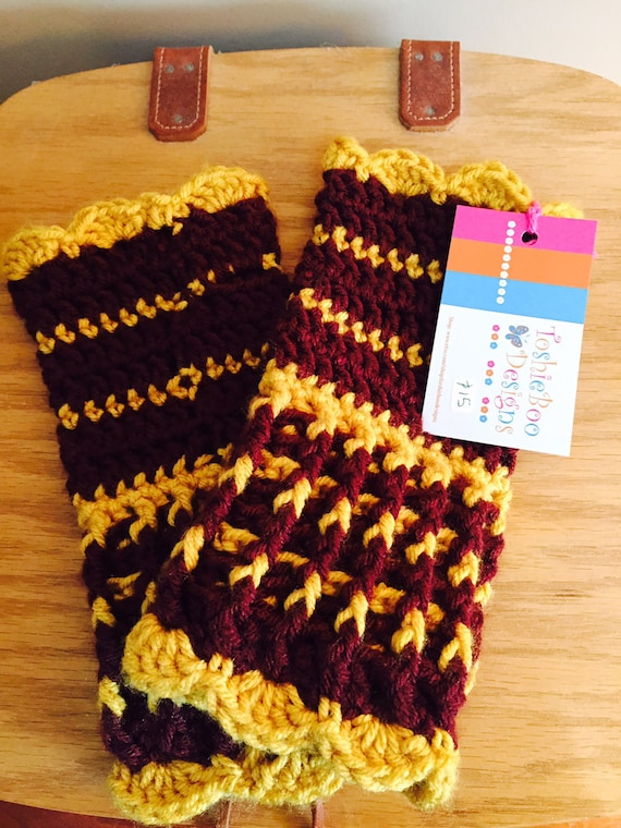 Stained glass look fingerless mittens with gold and burgundy from soft worsted