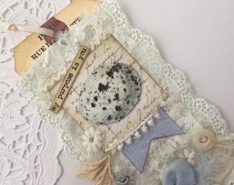 Bird Gift Tag, Vintage Bird Tag, Lace Tag, Shabby Tag, with Vintage Bird