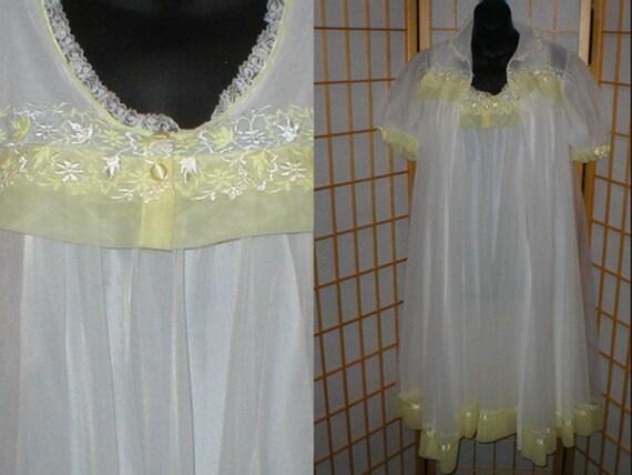 Vintage, 50s, 60s lingerie, peignoir set, w/ tags,