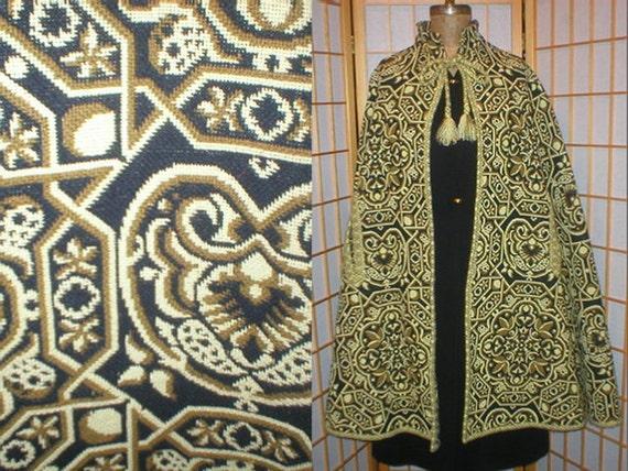 Vtg 60s / 70s bohemian woven tapestry cape