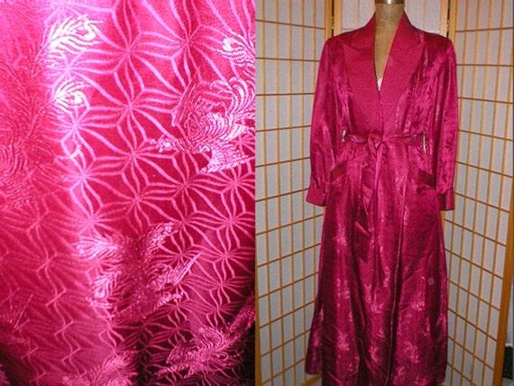 Vtg 40s / 50s magenta silk brocade robe womens siz
