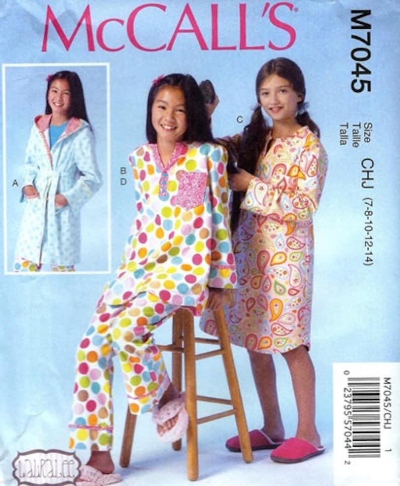 f007d6a17 GIRLS CLOTHES PATTERN Make Pajamas Sleepshirt Robe