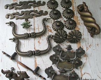 Dix-neuf pièces assortiment de matériel ViNTaGe CiRCa 1960 ' s
