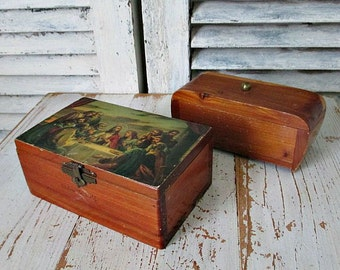 TWo LoVeLY ViNTaGe CeDaR CHeSTs