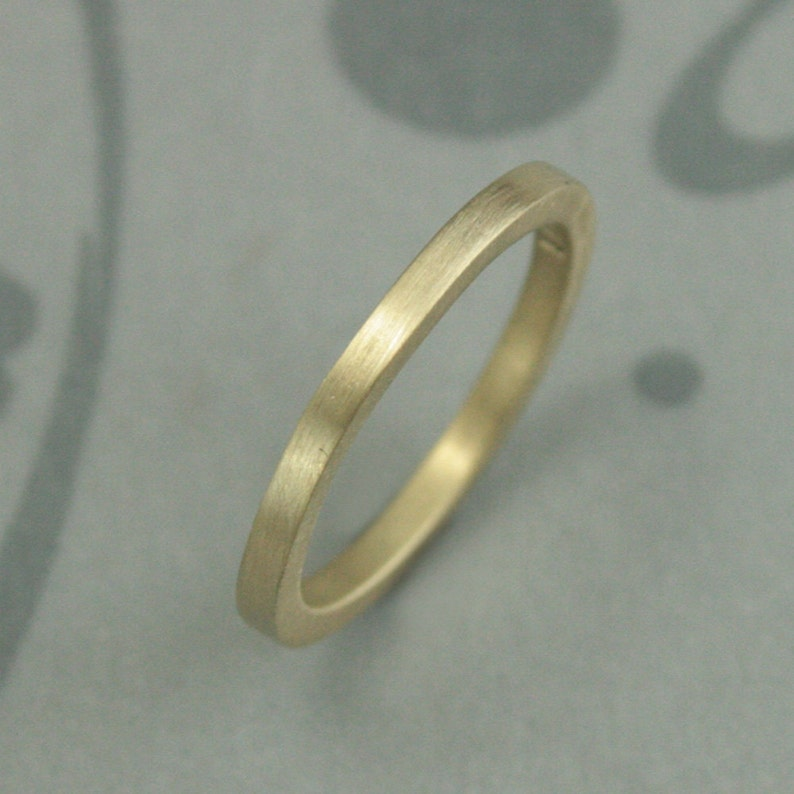 Women/'s Recycled Gold Wedding Band--Modern Flat Gold Band--Thick Gold Stacking Ring--Handmade Gold Wedding Ring--Solid 14K Gold Wedding Band