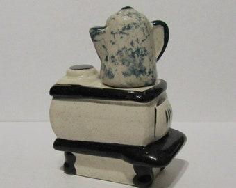 Vintage Ceramic Woodburning Stove with Speckled Coffee Pot Salt & Pepper Shaker Set