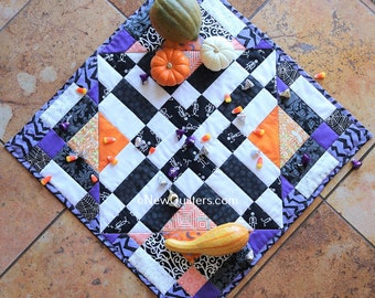 Diamond Drama Table Topper Quilt Pattern - Instant PDF Download
