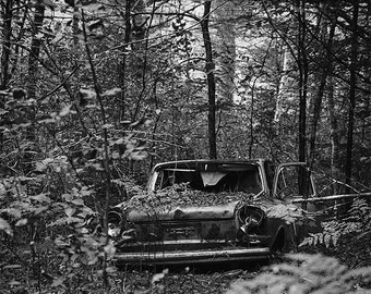 Black and White Print , Photo of an Old Car , Rustic Wall Decor