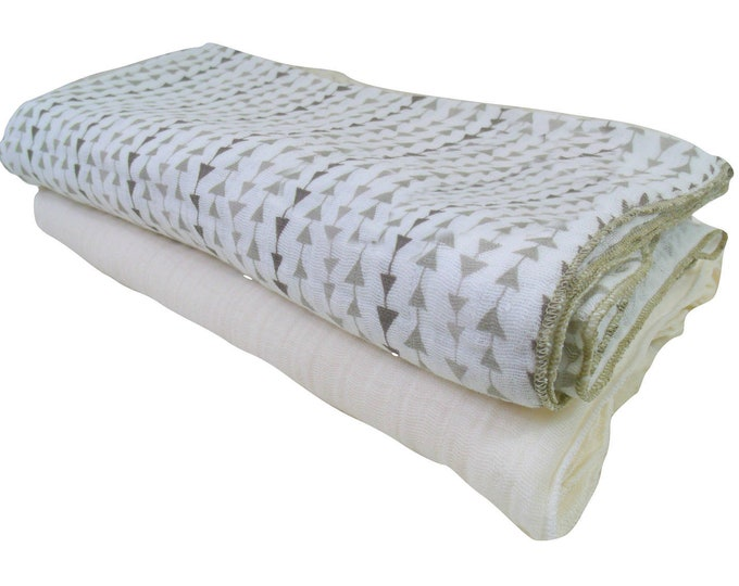 Arrow Print Muslin Cotton Swaddle Blankets, Lightweight Cotton Summer Baby Blanket, Gray and White Cotton Baby Blankets