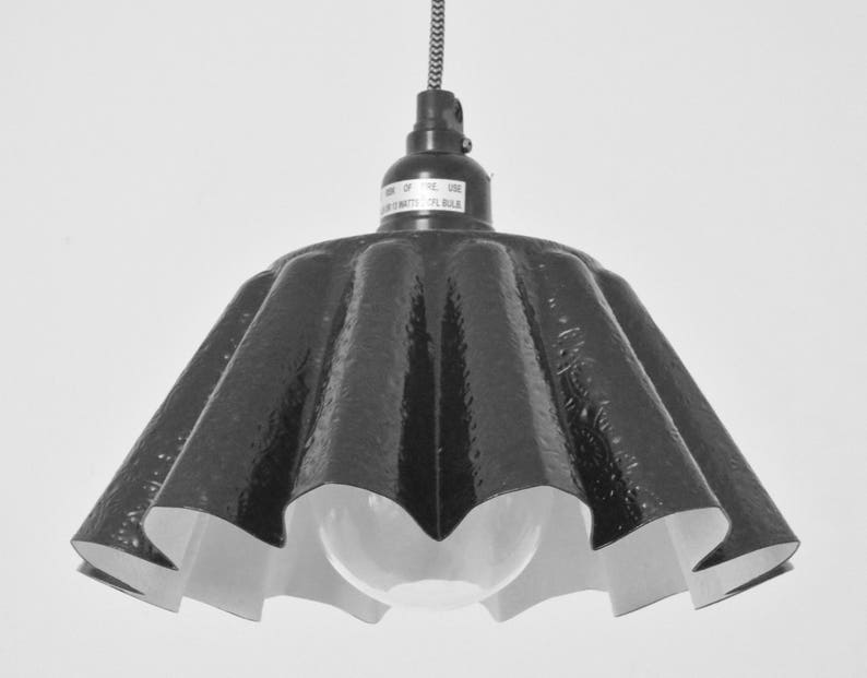 Fluted stamped-tin plug-in mini-pendant image 0