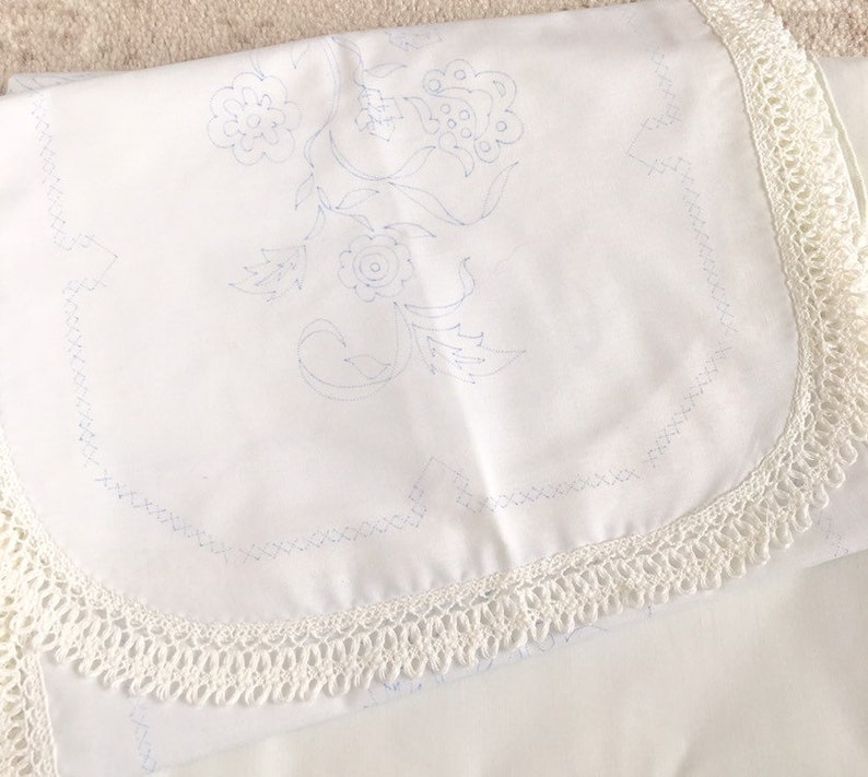 Vintage Table Runner and Doily Unfinished Supply Ready to Embroider Fabric Paint Stamped Flowers Decor Linen Crossstitch