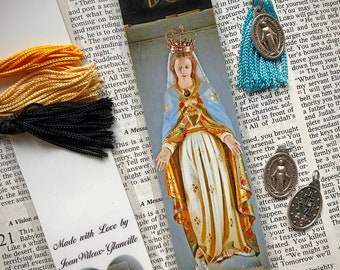 Blessed Mother Virgin Mary Statue @ Sacre Coeur Montmartre Paris France Europe Photo Laminated Handmade Catholic Bookmark w/ Holy Mary Medal