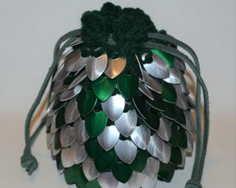 Dice Bag of Almost Holding in Knitted Dragonhide Armor Dragonscale Silver Forest