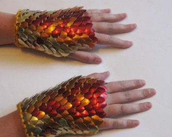 Dragonhide Armor Gauntlets Phoenix knitted scale maille