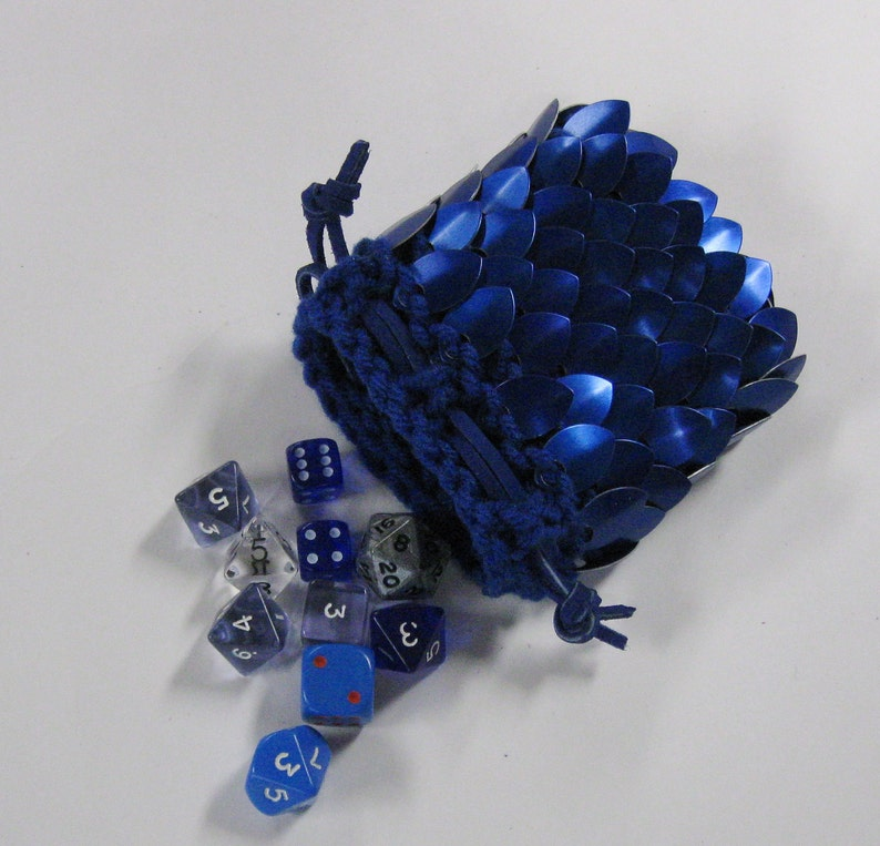 Dragon Scale Dice Bag knitted Dragonhide Blue