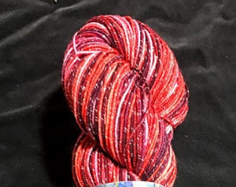 Bountiful Berry Sparkle Collection Lurex Superwash doigté 400 yrds