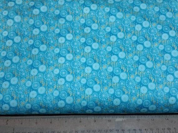 Flights of Fancy Ginko Green Paintbrush Studio 100/% cotton Fabric by the yard