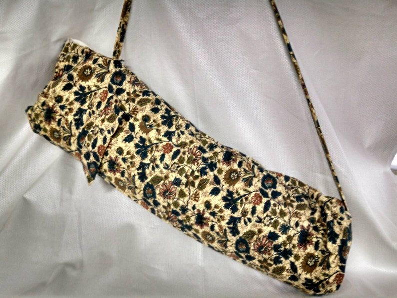 Yoga mat carrier made from vintage fabric from the 50s