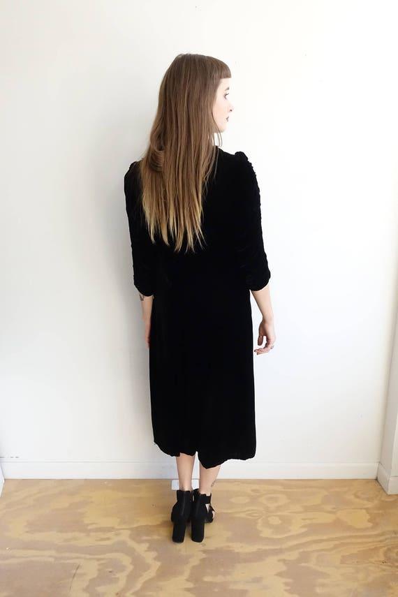 Vintage 30s Black Silk Velvet Dress with Lace App… - image 5