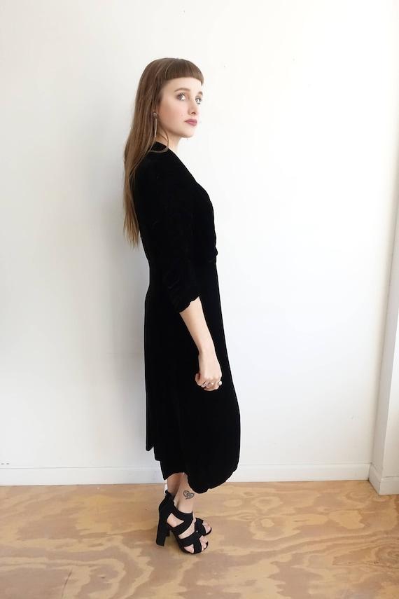 Vintage 30s Black Silk Velvet Dress with Lace App… - image 4