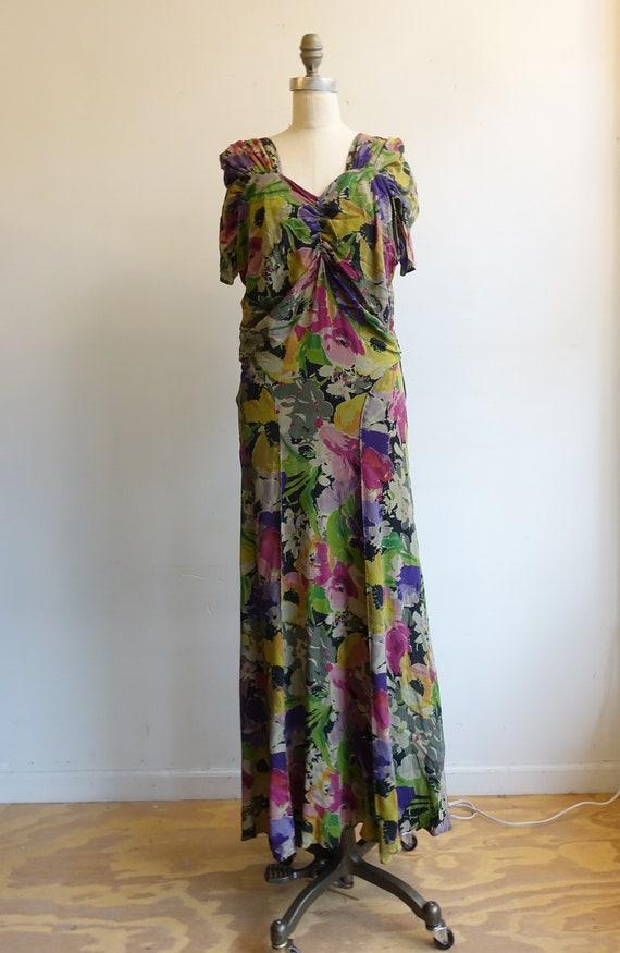 Vintage 30s 40s Dark Floral Silk Gown/ 1930s 1940… - image 4
