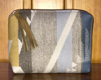 Wool Unlined Clutch XL   Cosmetic Bag   Toiletry Bag   Travel Bag White  Sands Handcrafted From Pendleton Woolen Mill Fabric 1acb52b0f2a6d