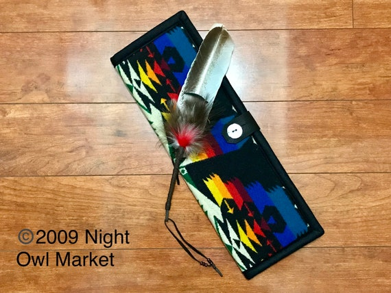 Feather Holder Wool / Feather Case Black Tuscon