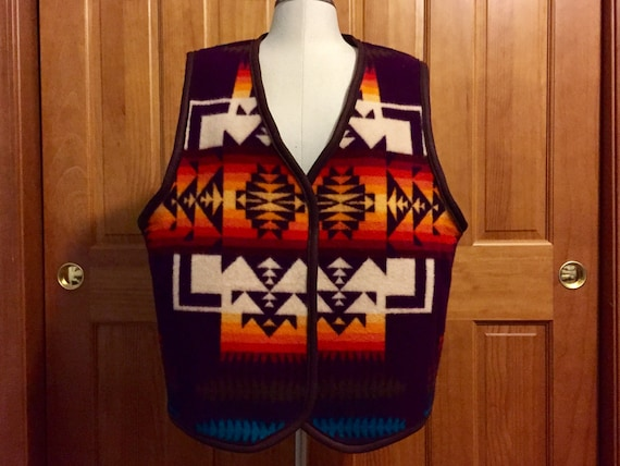 Reversible Blanket Vest XL Wool Maroon and Winter White Chief Joseph
