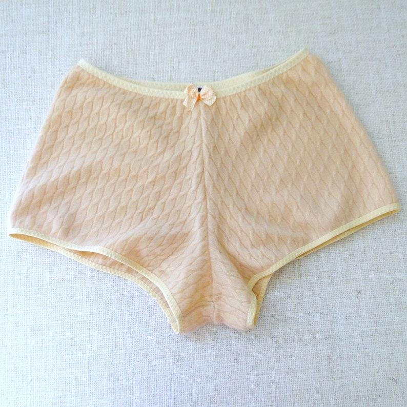 Cable knit cashmere boy shorts image 0