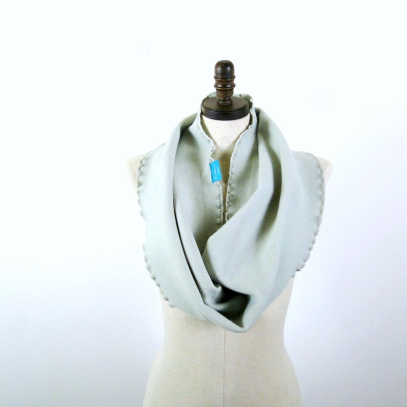 Wool infinity scarf in thick and soft merino wool interlock image 0