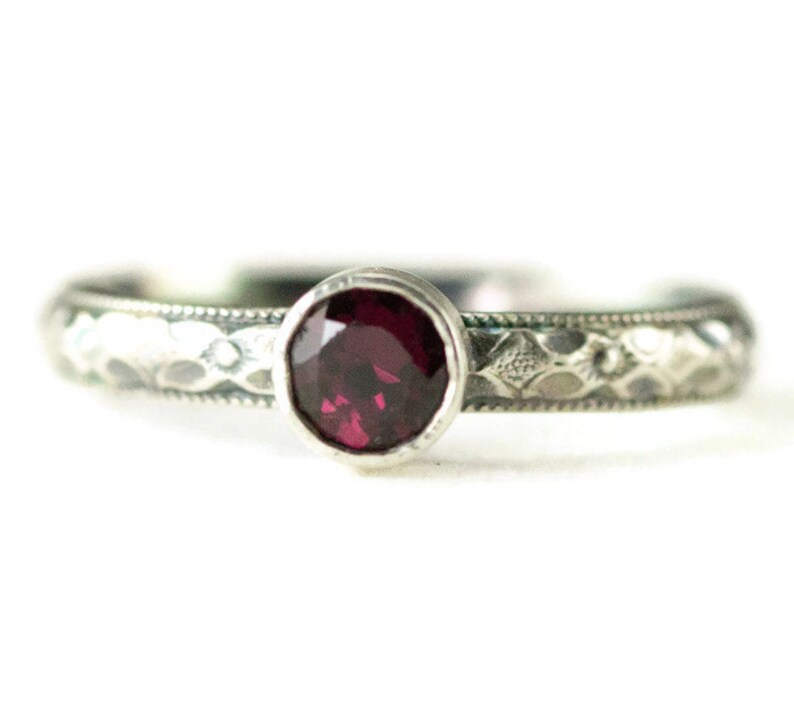 Sterling Garnet Stack Ring on Pattern Band  5mm Birthstone image 0