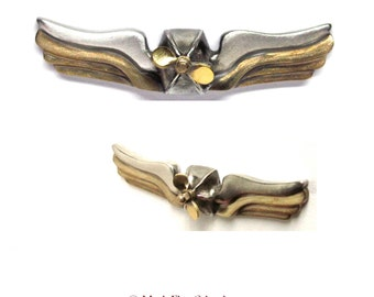 Airship Commander's Wings Insignia interactive SteamPunk pin - the propeller spins - pewter & brass