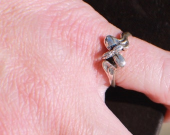 Size 4, Sterling Silver, Cannabis Ring, Cannabis Sprout Ring, Cannabis Jewelry