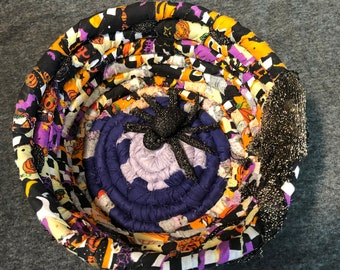 Trick or treat, Halloween spider babies basket, candy bowl, handwoven, shipping included