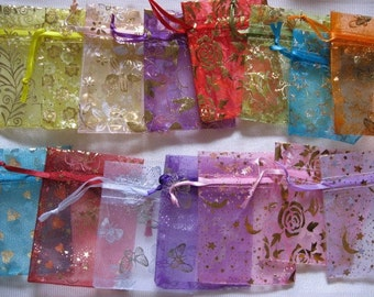 50 pack 3 1/2 in x 4 1/2  in Organza Gift bags, Mixed Designs (17-42-152)