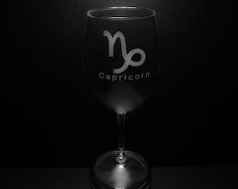 Capricorn Symbol 13 Ounce Wine Glass