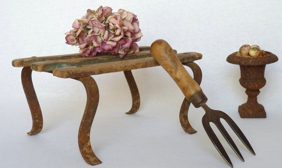 Pleasant Vintage French Cast Iron Wood Slats Garden Stool Circa Early 1900S Unemploymentrelief Wooden Chair Designs For Living Room Unemploymentrelieforg