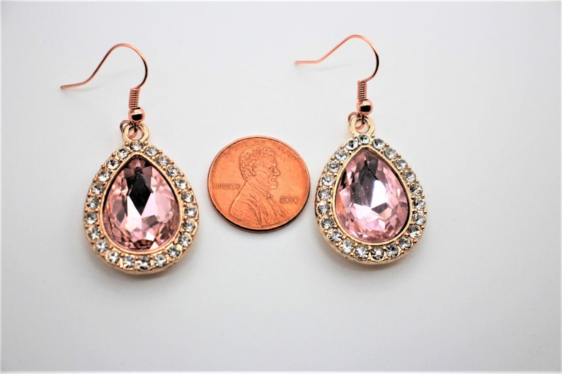 Faceted Special Occasions Diamond and Gold Teardrops with Rhinestones. Vintage Style Bling Peachy Pink Sparkling Light Glam Earrings