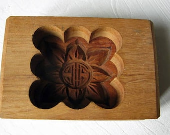 Antique French Farmhouse Kitchen Decoration Butter Mold