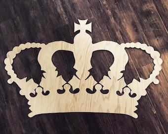 3' wide wooden crown