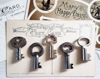 Antique Skeleton Keys. Lot of 5 Small Vintage Barrel Keys. Hardware, Salvaged, Steampunk, Altered Art, Mixed Media, Jewelry, Destash Sale.