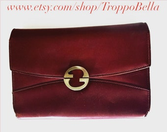 1980s Oxblood GUCCI Clutch - Italian leather clutch - authentic vintage Gucci - multi-pocket clutch - rare designer vintage - brass front GG