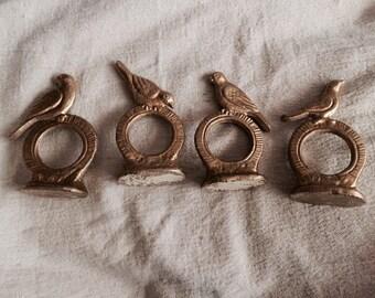 Brass Bird Napkin Rings - cast brass birds - table decor - vintage brass birds - boho - set of 4 napkin rings - troppobella