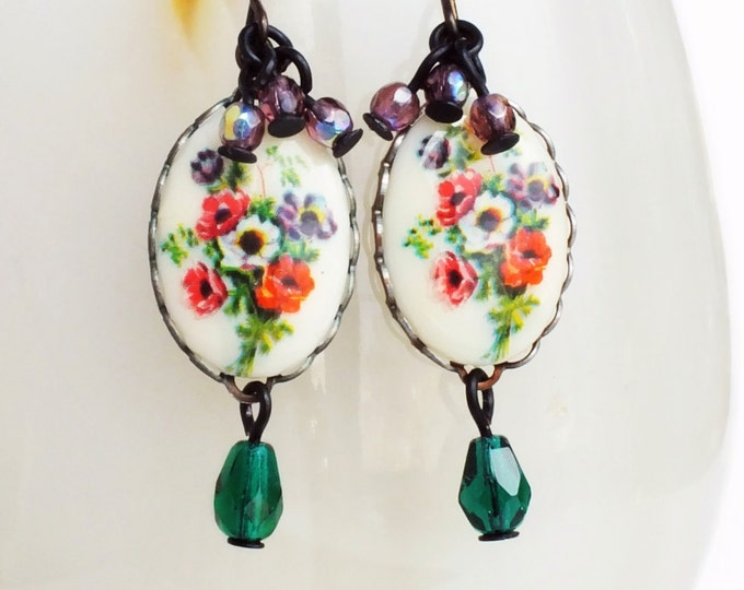 Poppy Flower Earrings Vintage Glass Floral Cameos Purple Green Flower Jewelry Poppy Jewelry Victorian Floral Jewellery