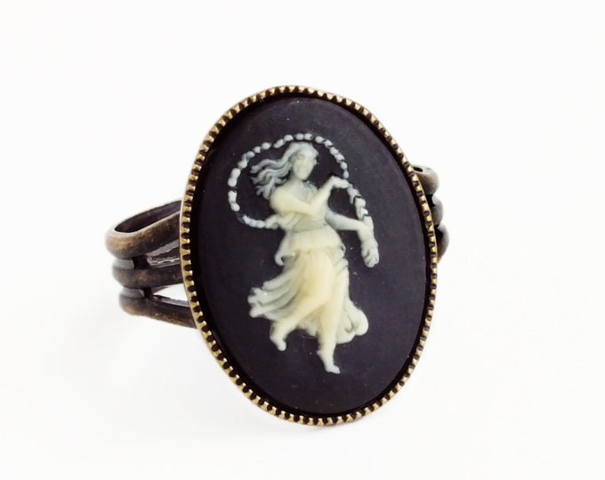 Virgo Cameo Ring Victorian Zodiac Astrology Ring Vintage Black Cameo Jewelry Adjustable Ring Victorian Jewelry