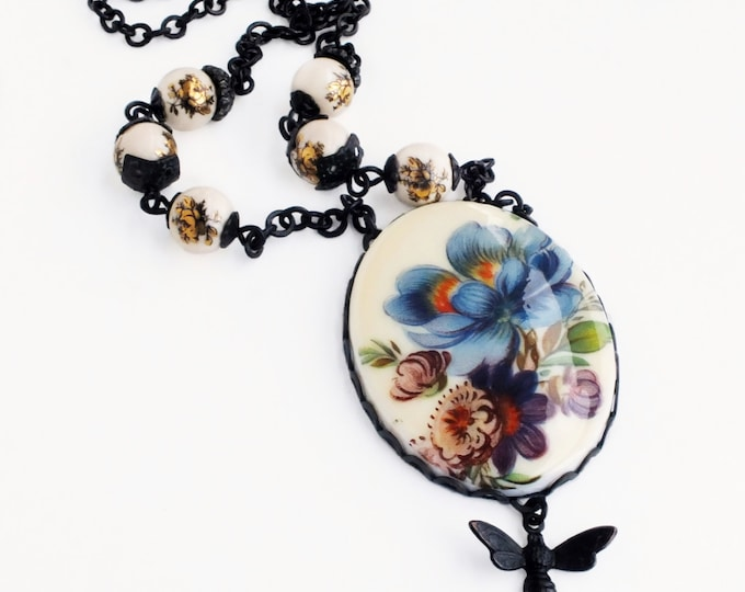 Blue Floral Beaded Necklace Vintage Flower Cameo Pendant Large Blue Purple Flower Necklace Victorian Jewelry