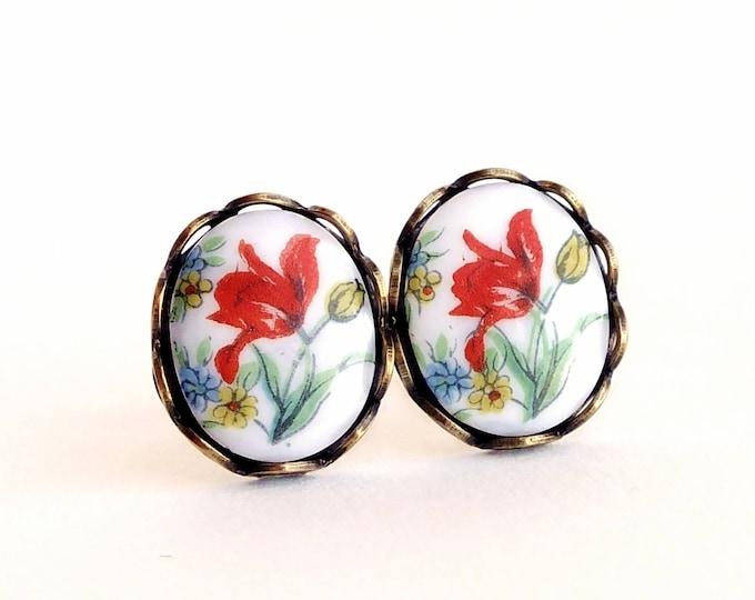 Tulip Studs Tulip Post Earrings Vintage Glass Studs Floral Cameo Studs Red Tulip Earrings Hypoallergenic Earrings Tulip Jewelry