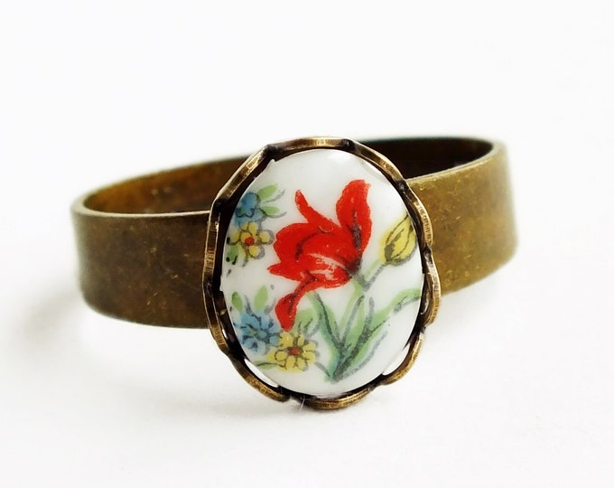 Tulip Floral Cameo Ring Small Vintage Glass Tulip Flower Ring Adjustable Stacking Ring Victorian Vintage Style